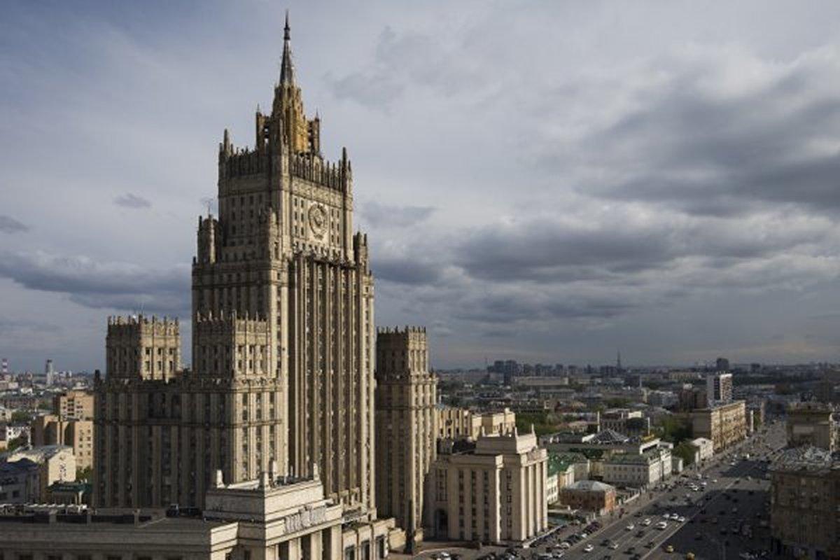 سفیر آمریکا در مسکو به کشورش بازگردد