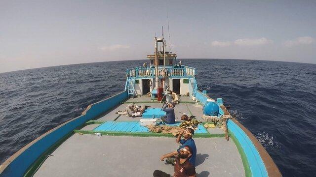 خلق تصاویر زیبایی از حلقه آتش خورشید در دریای عمان و اقیانوس هند
