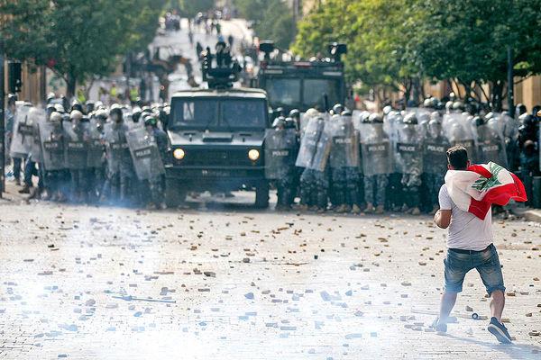 پسلرزه «بیروتشیما» خشم و استعفا در لبنـان | لبنان در بحران سیاسی غرق شده است