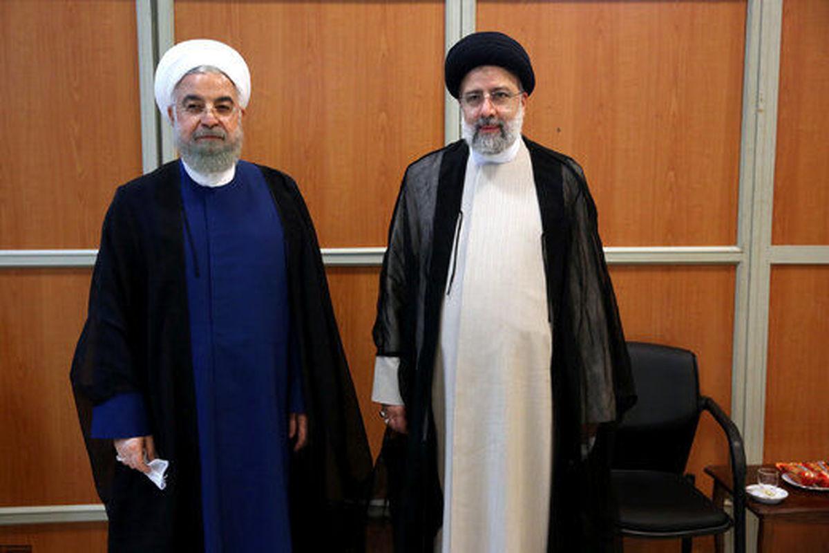 روحانی دفتر ریاست جمهوری را تحویل رییسی داد + عکس