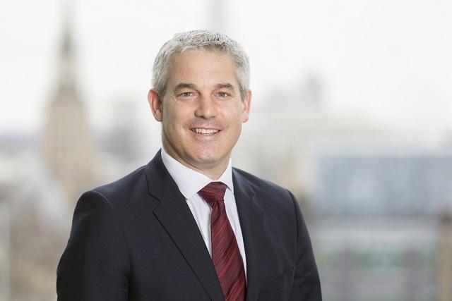 وزیر برگزیت انگلیس از امضای سند لغو قوانین اتحادیه اروپا خبر داد