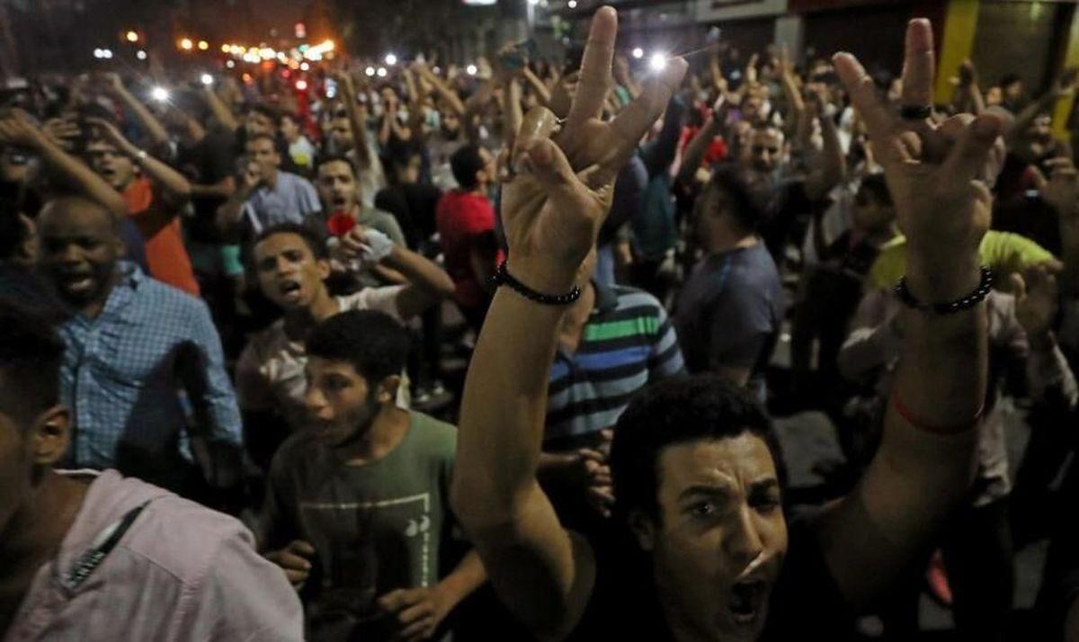 سقوط شاخص بورس قاهره به دنبال تظاهرات علیه السیسی