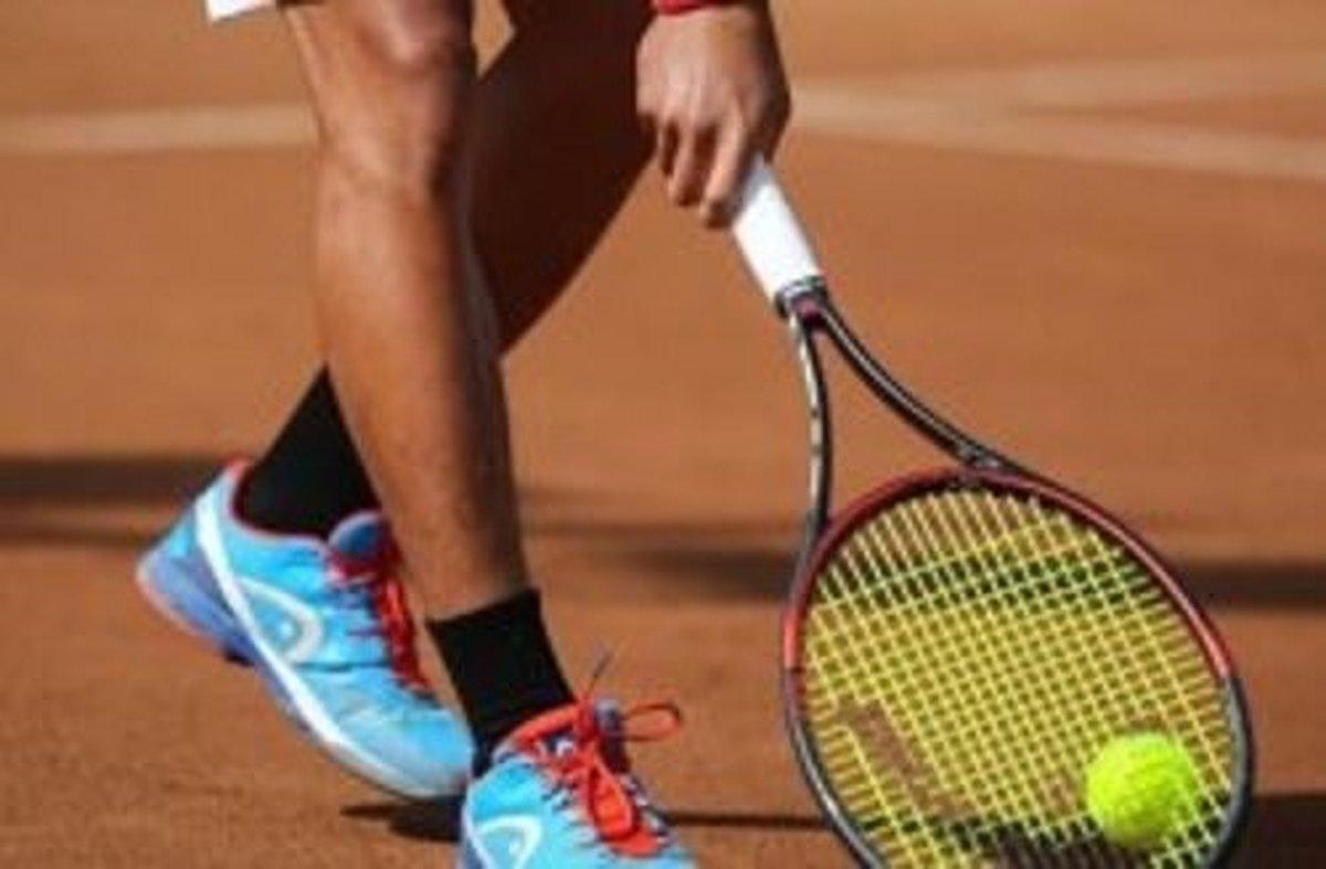 برای اولین بار  |  داوری یک زن برای تنیس مردان در کیش