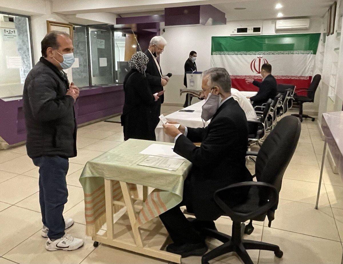 رای گیری انتخابات ریاست جمهوری ایران در انگلیس آغاز شد