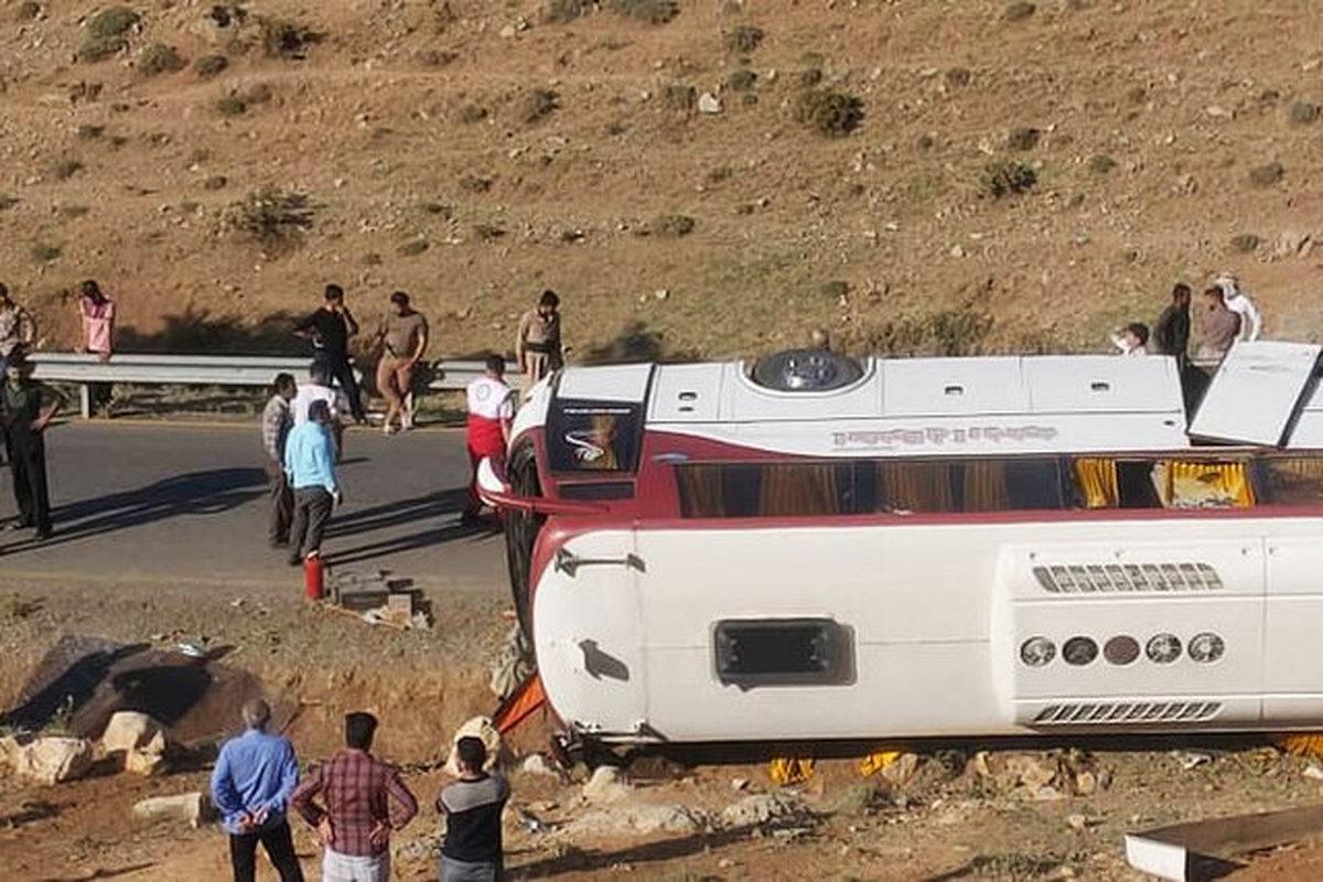 راهداری: تردد اتوبوس خبرنگاران ممنوع بود!