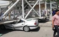 سقوط عجیب پل عابر پیاده در تهران+تصاویر  پل عابر پیاده هوایی در بزرگراه سعیدی شهرستان بهارستان سقوط کرد