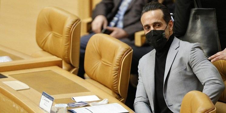 علی کریمی پس از انتخابات فدراسیون: از اول هم میدانستم چه اتفاقی میافتد | نامزد شدم که بهانه به دست کسی ندهم؛ آمدم که فردا نگویند حالا که شرایط برای حضور فوتبالیها فراهم شد، کسی نیامد