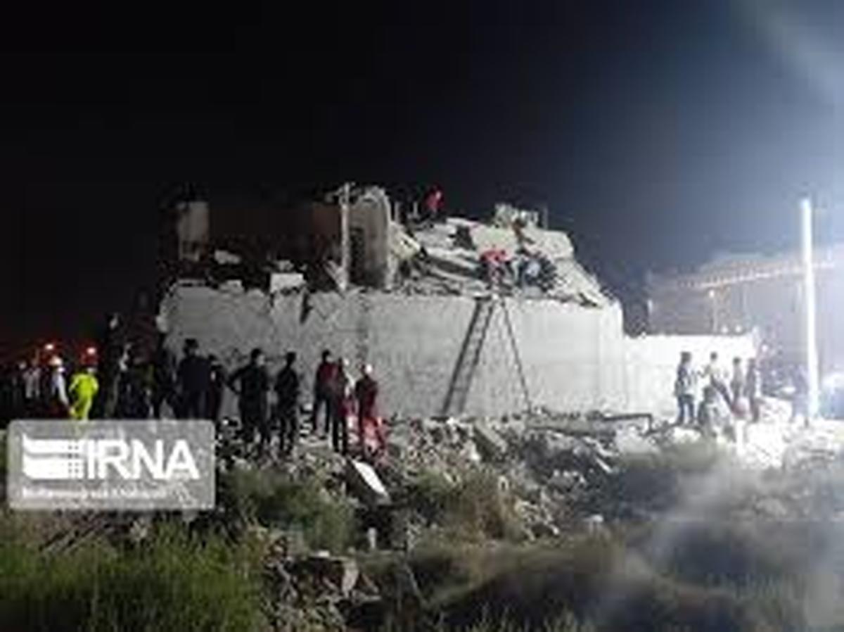 حادثه      انفجار گاز در یک مجتمع مسکونی در اهواز یک کشته بر جا گذاشت.