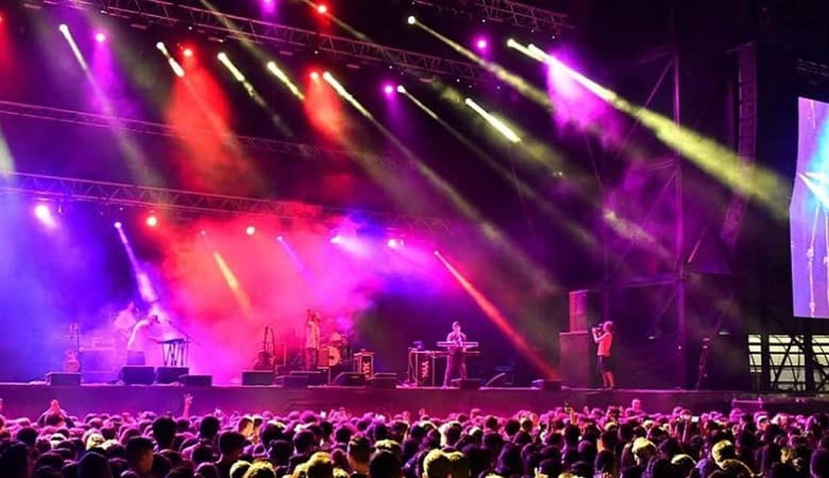 انتقاد تند 20:30 از کنسرت ابی در ترکیه در دوران کرونا + جزییات