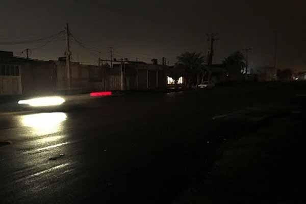 برای جلوگیری از تردد مردم در شهربرق ۲۱ نقطه اهواز قطع شد