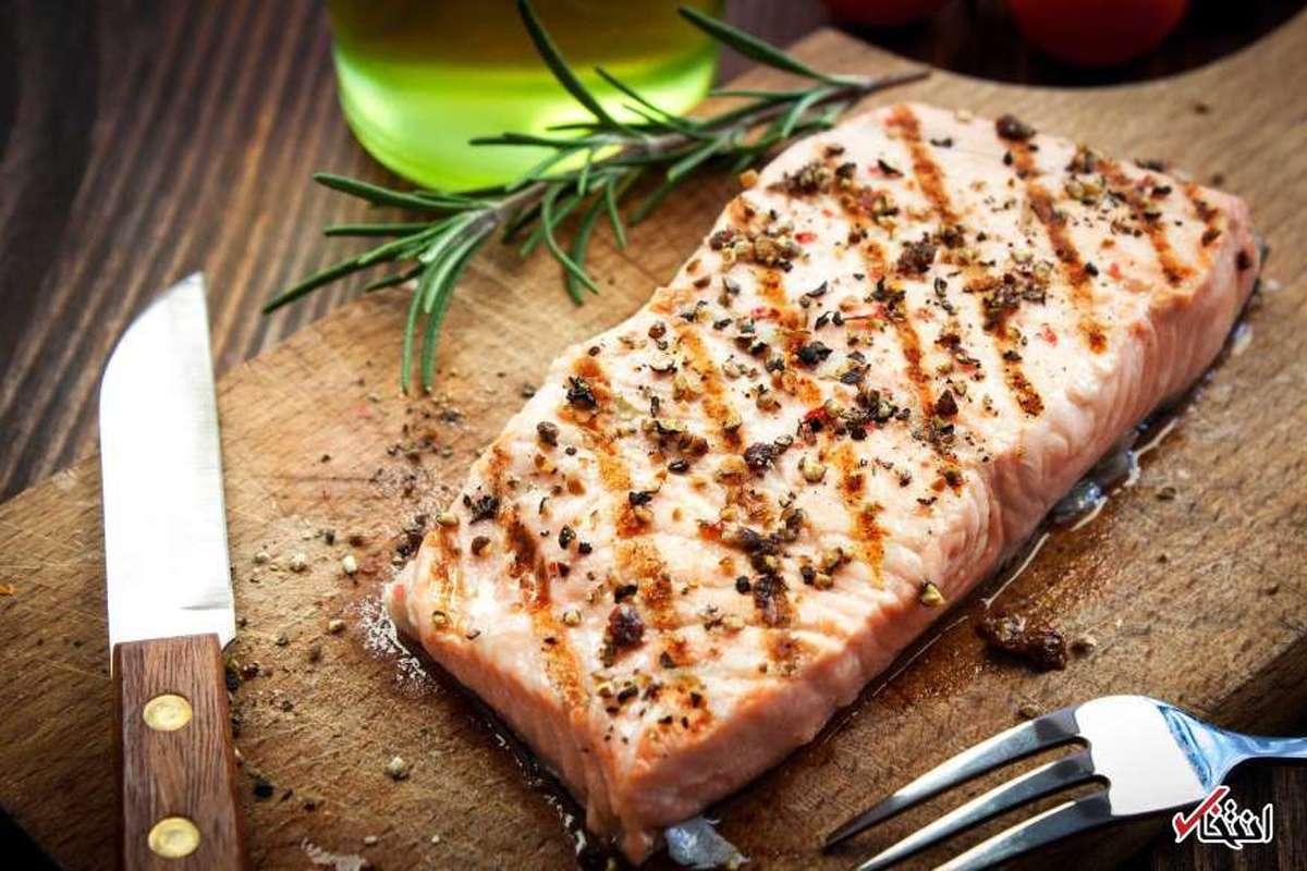 مصرف دو وعده ماهی در هفته به پیشگیری از بیماری قلبی کمک می کند