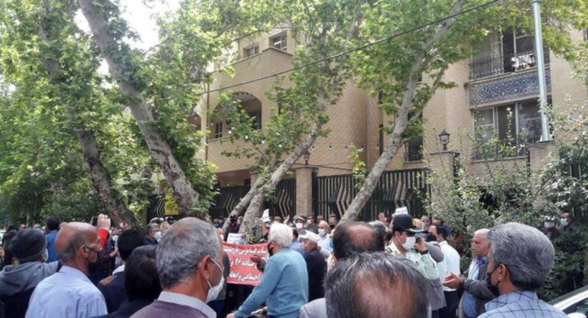 تجمع اعتراضی بازنشستگان در تهران و شهرستانها