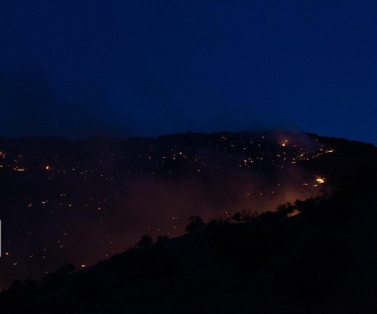 آتش سوزی     منابع طبیعی و آبخیزداری اندیکا در مراتع و جنگل ها در سه منطقه شعله ور شد