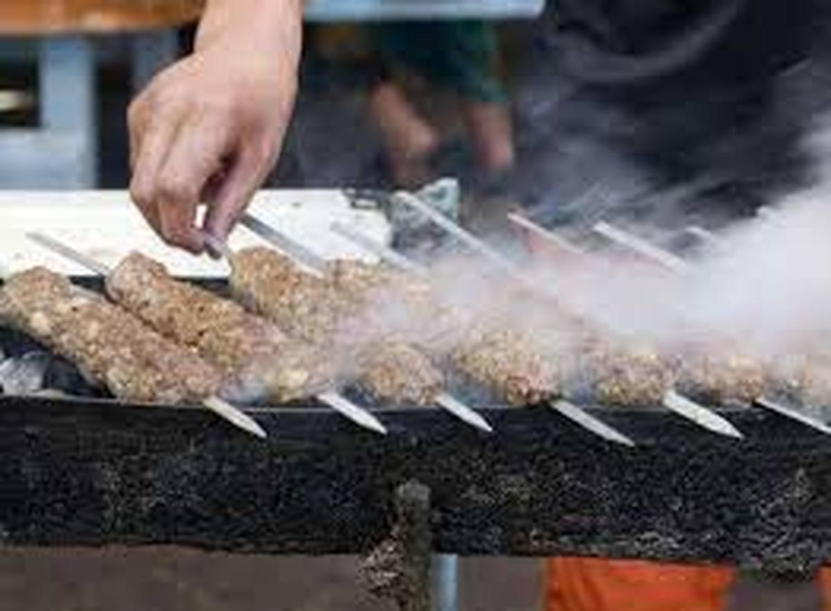 ماده ای که  هرگز نباید بعد از کباب شدن گوشت روی آن قرار بگیرد