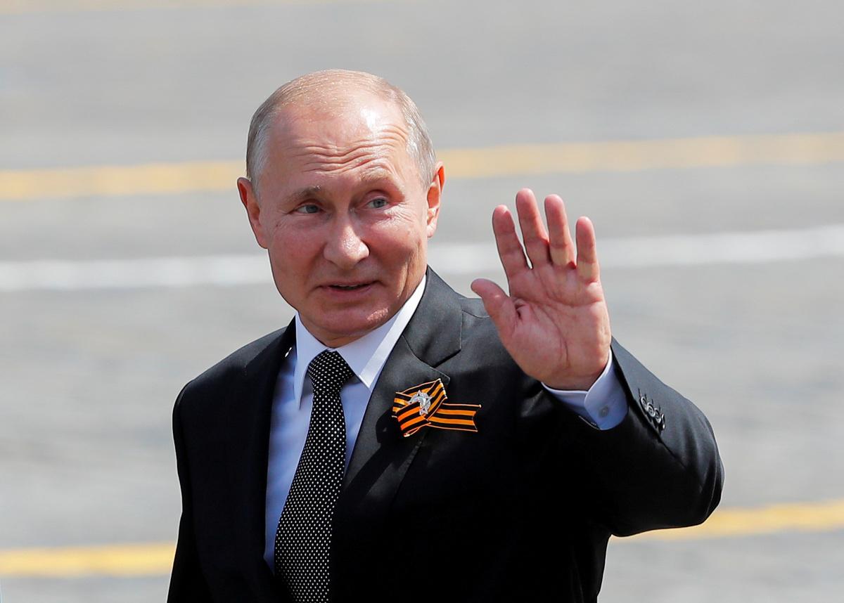 سیاست خاورمیانه ای پوتین چگونه روسیه را احیا کرده است؟
