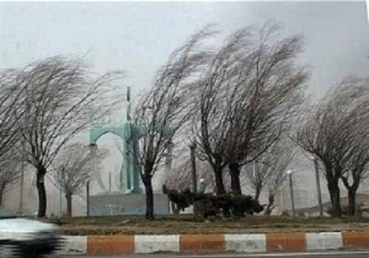 وزش باد شدید در نیمه شرقی کشور