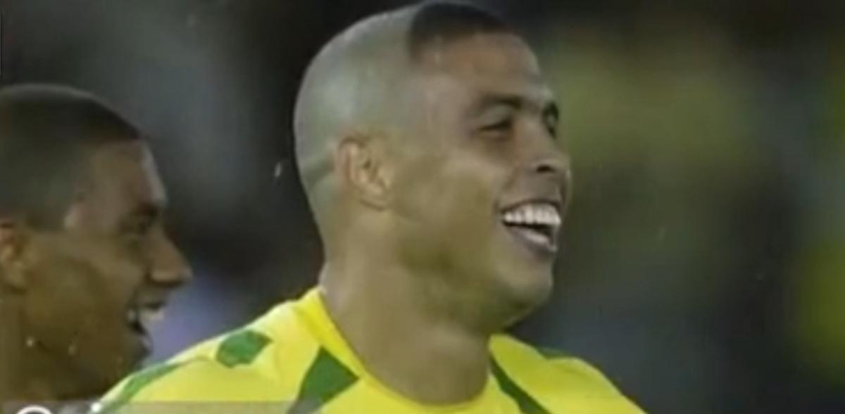 عذر خواهی رونالدو اسطوره فوتبال برزیل از تمام مادران بابت مدل موهایش + ویدئو