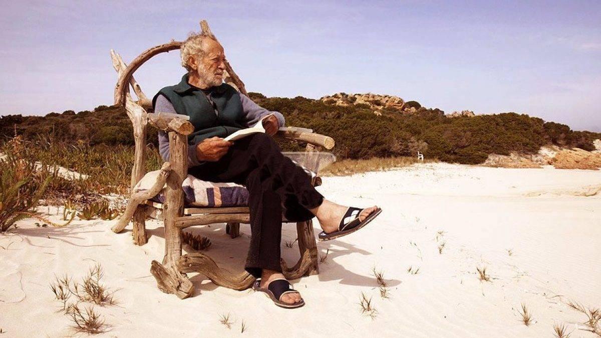 داستان رابینسون کروزوئه ایتالیا که بعد از ۳۲ سال باید جزیره محبوبش را ترک کند