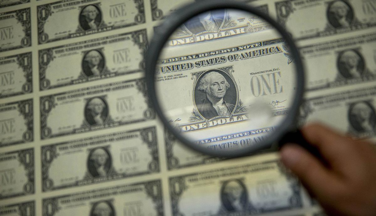 دلار| پیشروی دلار در معاملات خارجی