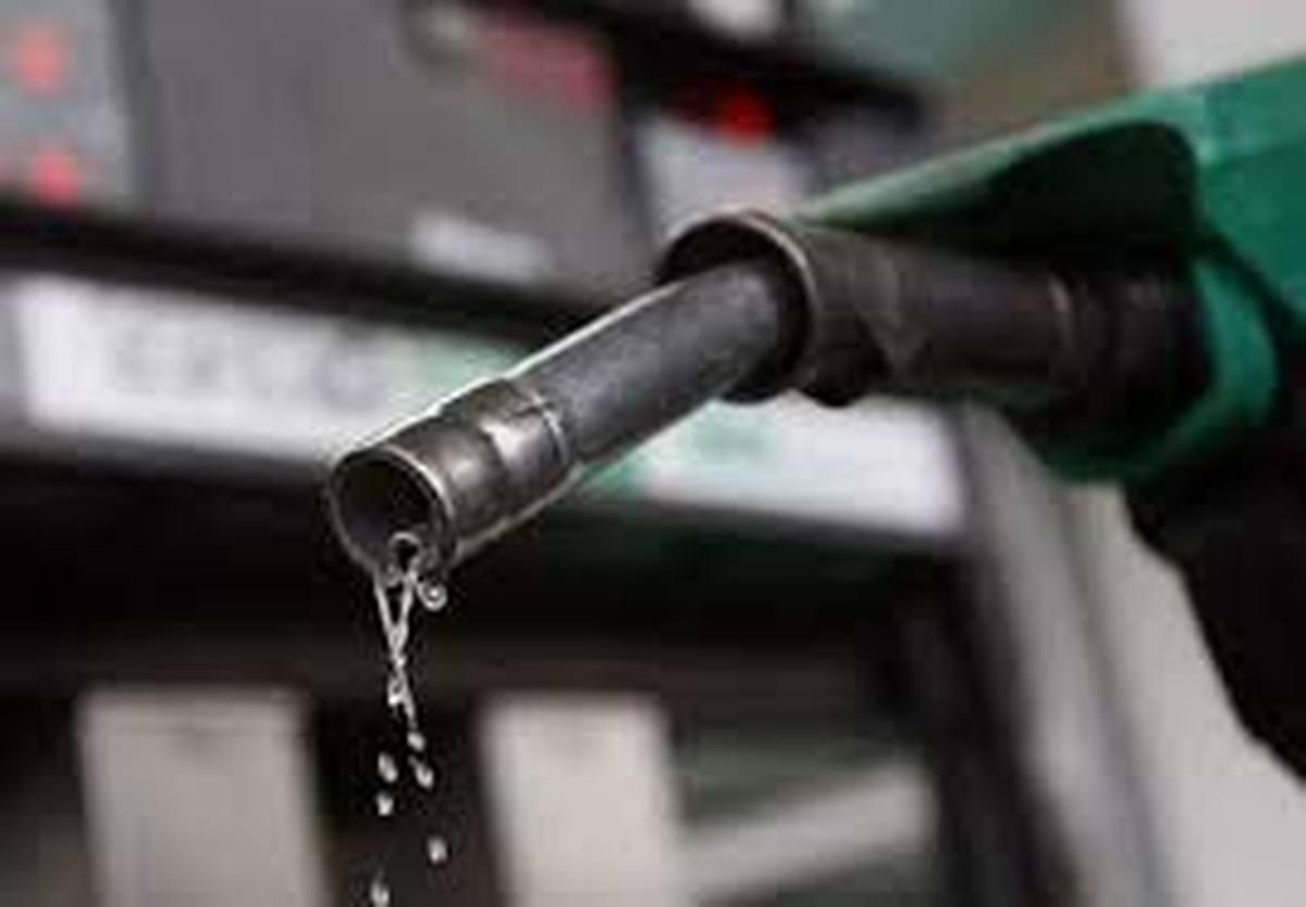 کمبود بنزین در تهران    شهروندان در جایگاههای سوخت +فیلم