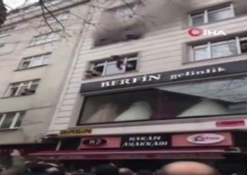 فداکاری یک زن ترکیهای برای نجات فرزندانش از آتش + ویدئو