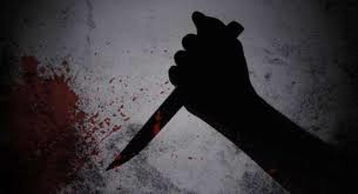 قتل  | پسر جوان پس از قتل مادرش ۱۳ ساعت خوابید.